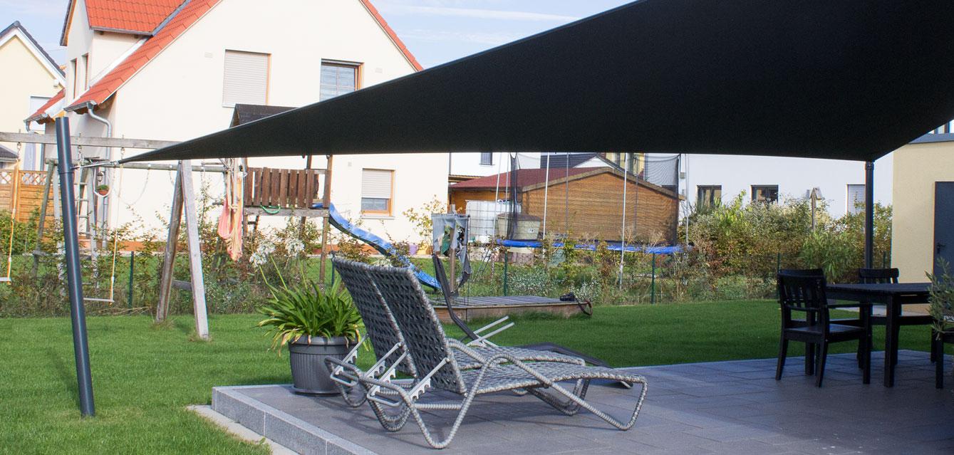 auswahl und m glichkeiten individuelle cm sonnensegel by chris m rtl. Black Bedroom Furniture Sets. Home Design Ideas